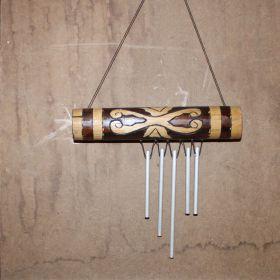 Windmobiel van bamboe