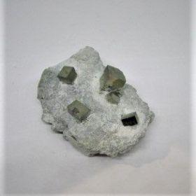 Pyriet op moedersteen