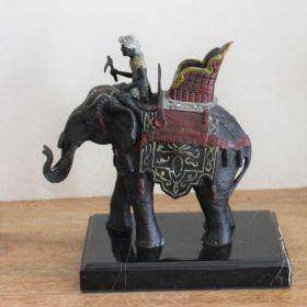 Uniek bronzen beeld van olifant