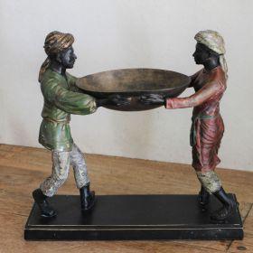 Uniek bronzen beeld van schaaldragers